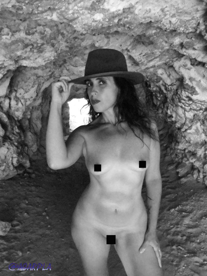 Mía Warcryna en la cueva.